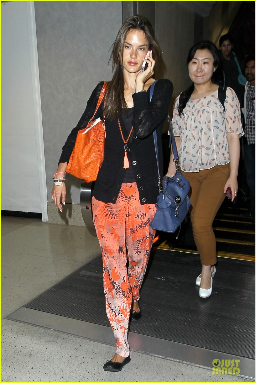 alessandra ambrosio lax arrival after secret project in nyc 082900551