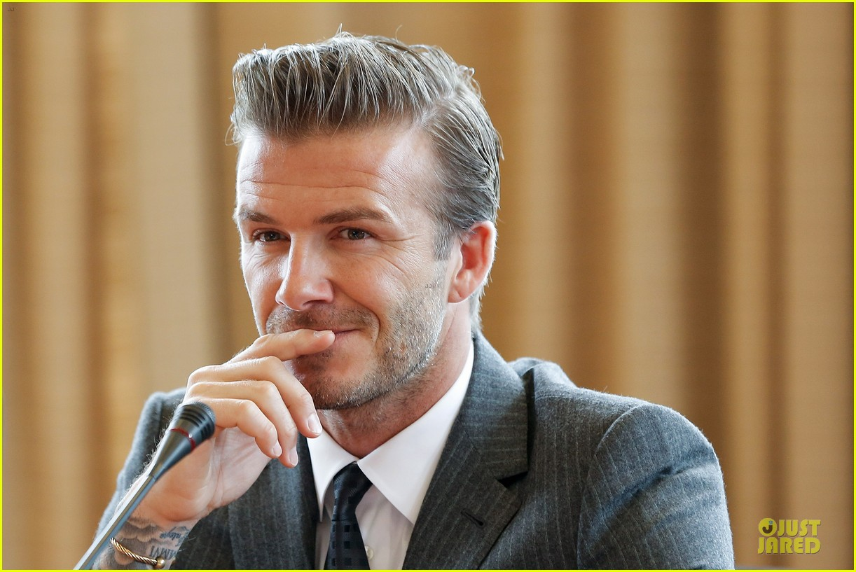 david beckham visits hangzhou greentown club victoria shops 102896323