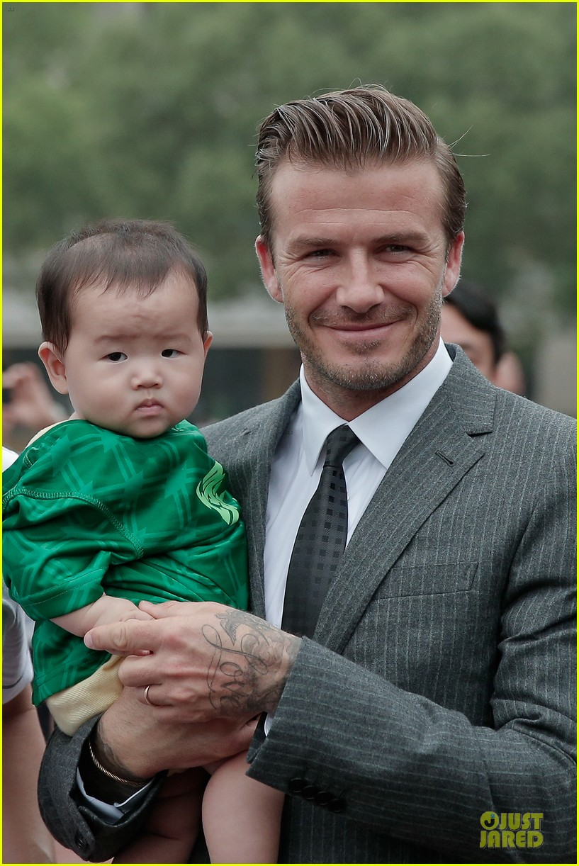 david beckham visits hangzhou greentown club victoria shops 122896325