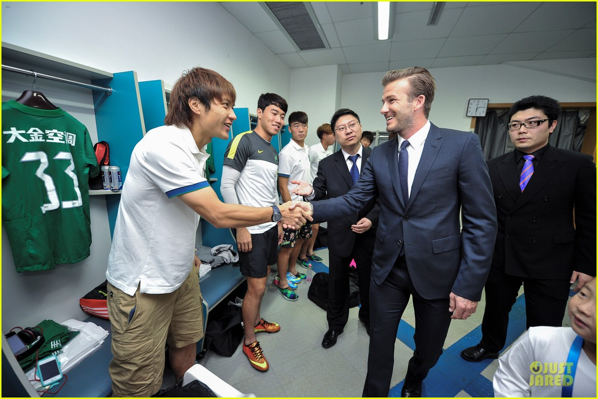 david beckham visits hangzhou greentown club victoria shops 222896335