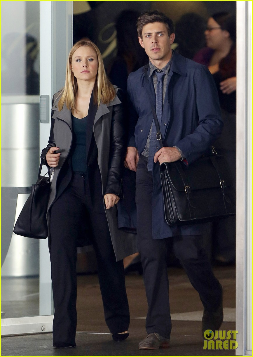 kristen bell propses to dax sherpard after doma ruling 072899366