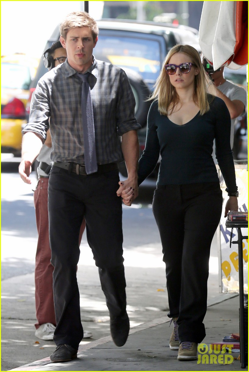 kristen bell propses to dax sherpard after doma ruling 11