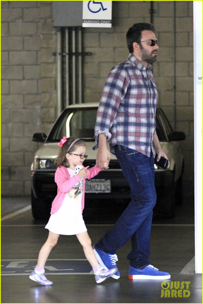 ben affleck jennifer garner sunday dinner with bens mom 042883076