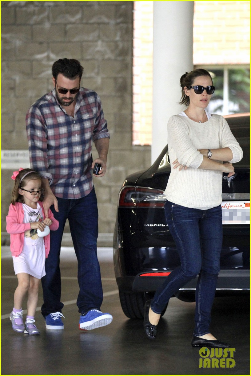 ben affleck jennifer garner sunday dinner with bens mom 062883078