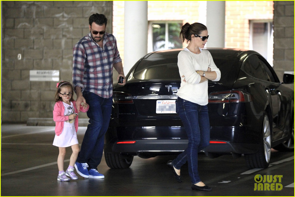 ben affleck jennifer garner sunday dinner with bens mom 172883089
