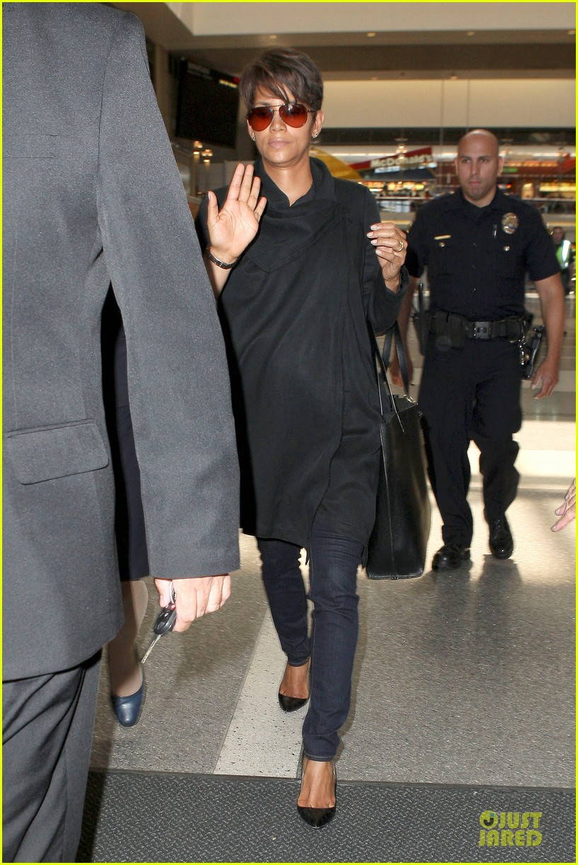 halle berry lax arrival after champs elysees film festival 102893415