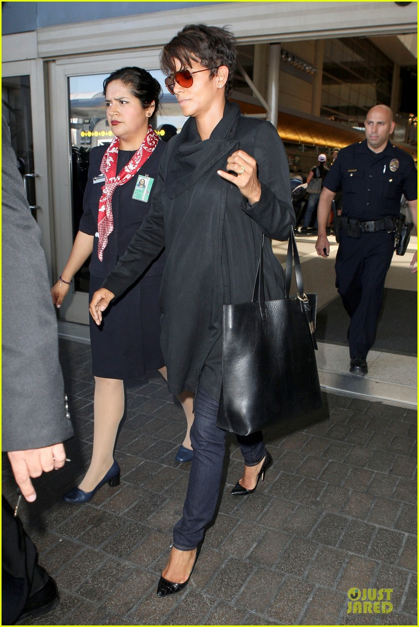 halle berry lax arrival after champs elysees film festival 132893418