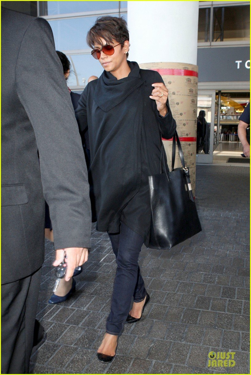 halle berry lax arrival after champs elysees film festival 142893419