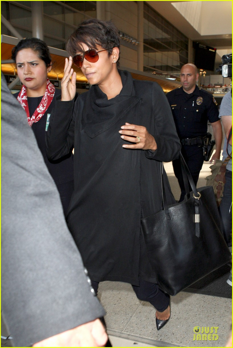 halle berry lax arrival after champs elysees film festival 152893420