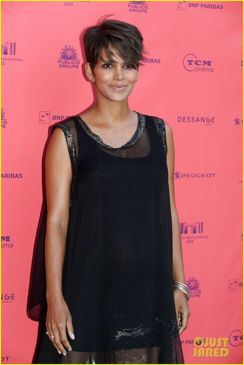 halle berry olivier martinez toiles enchantees champs elysees event 012890686