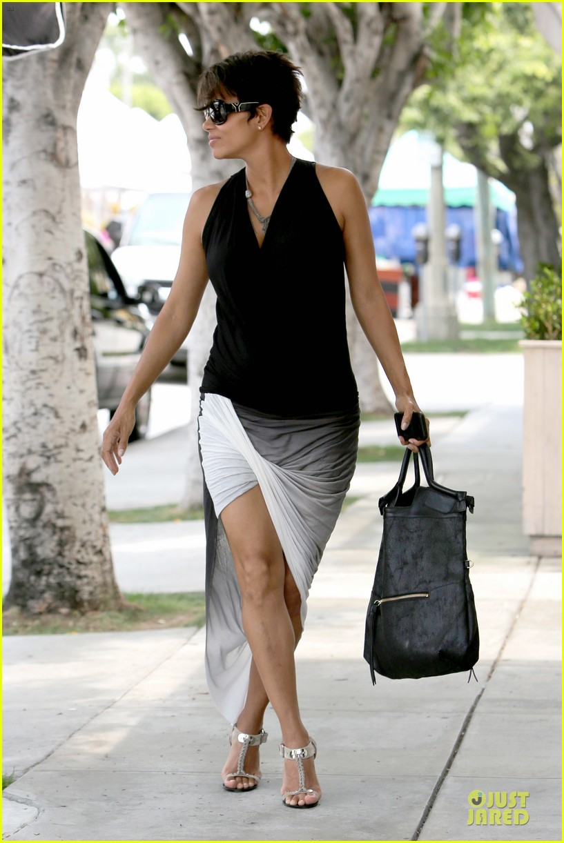 halle berry twisted legs at fig olive 082901363