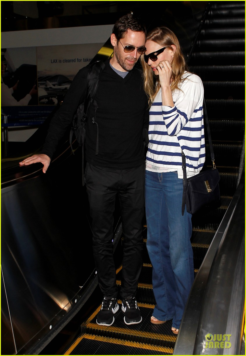kate bosworth michael polish hold hands after lax landing 032890257