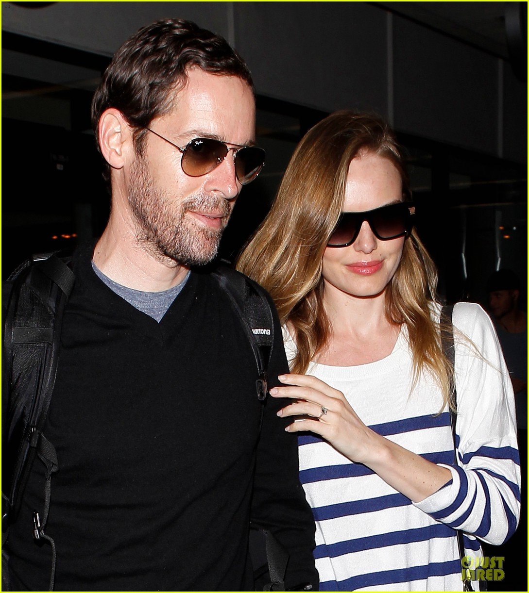 kate bosworth michael polish hold hands after lax landing 042890258