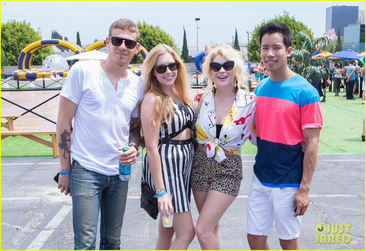 chloe bridges claudia lee just jared summer kick off party mcdonalds 062883561