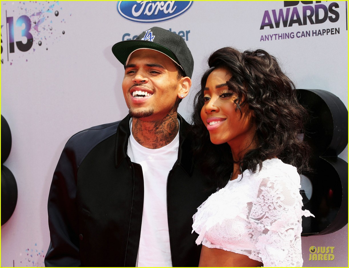 chris brown bet awards 2013 red carpet 042901438