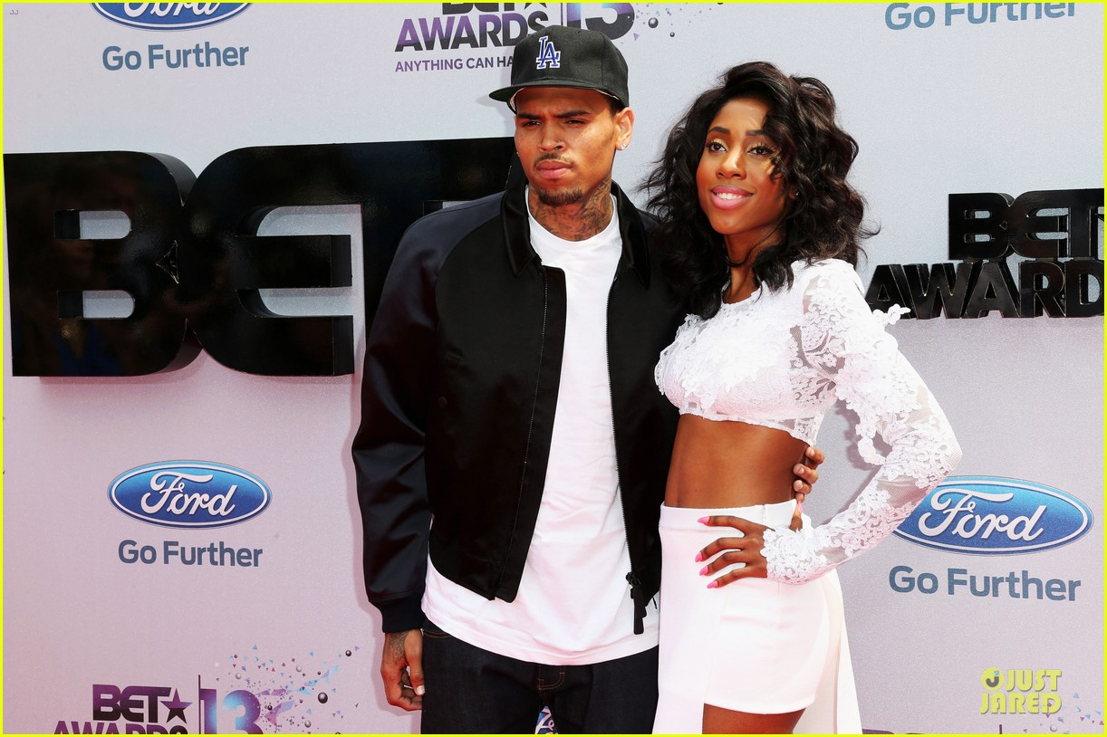 chris brown bet awards 2013 red carpet 06