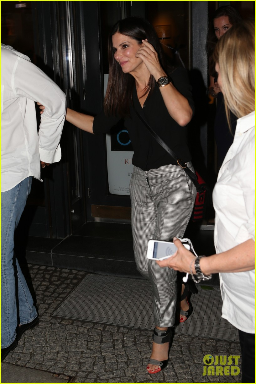 sandra bullock night out berlin 03