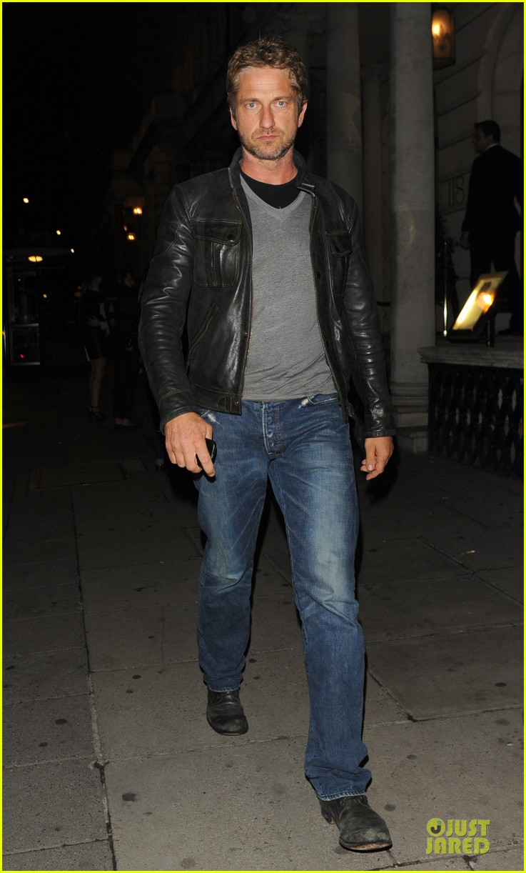 gerard butler james franco exits garden of last days 032900289