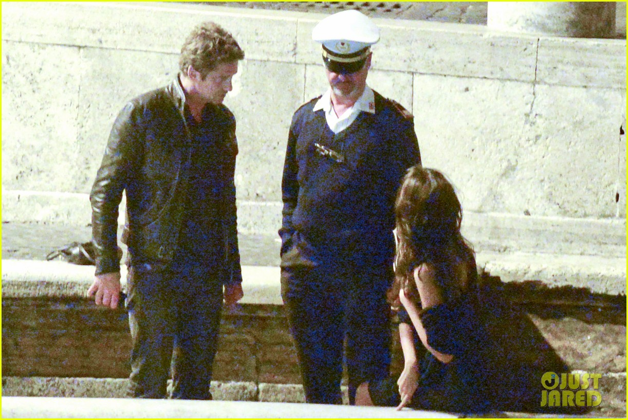 gerard butler rome night out with madalena ghenea 042898162