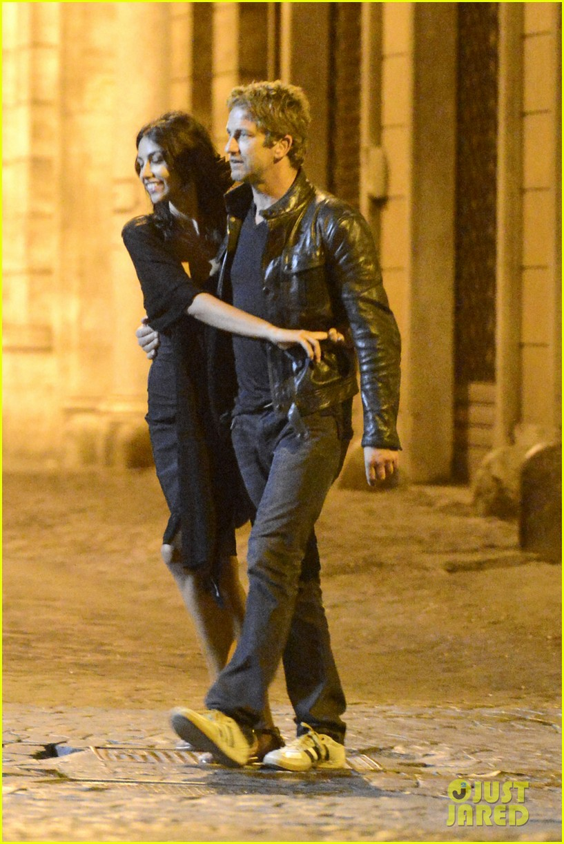 gerard butler rome night out with madalena ghenea 062898164