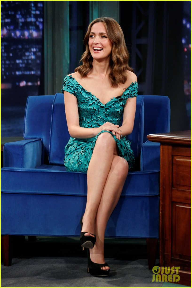 rose byrne im so excited premiere fallon appearance 052886274