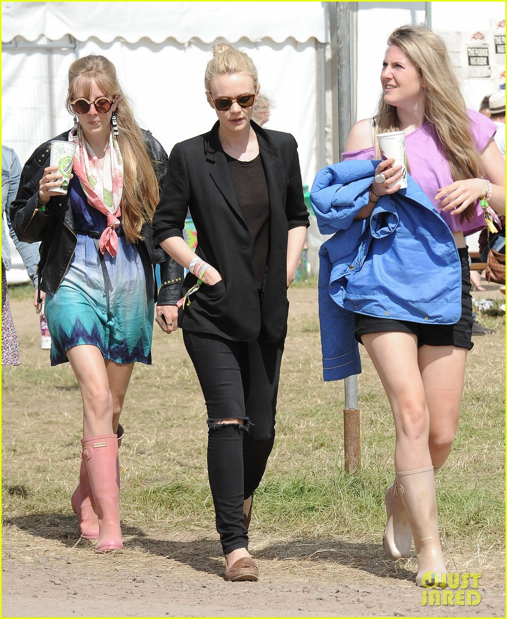 carey mulligan glastonbury festival goer 072901215