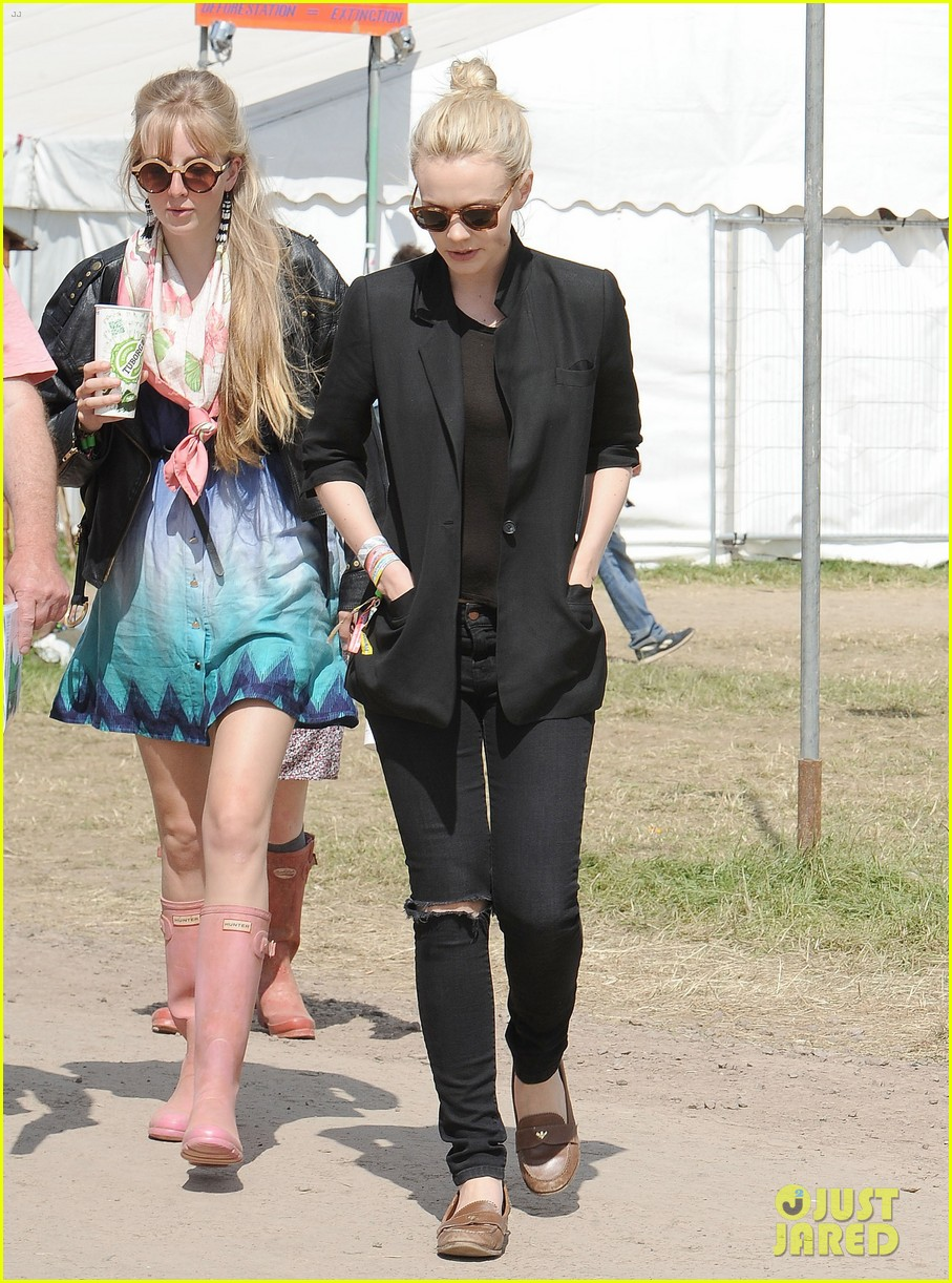 carey mulligan glastonbury festival goer 092901217