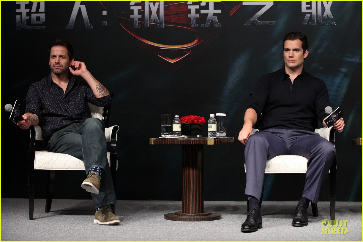 henry cavill man of steel earned 586 million on opening day in china 012895835