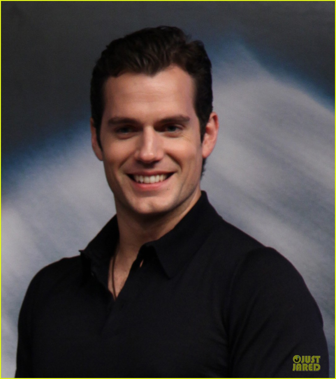 henry cavill man of steel earned 586 million on opening day in china 022895836