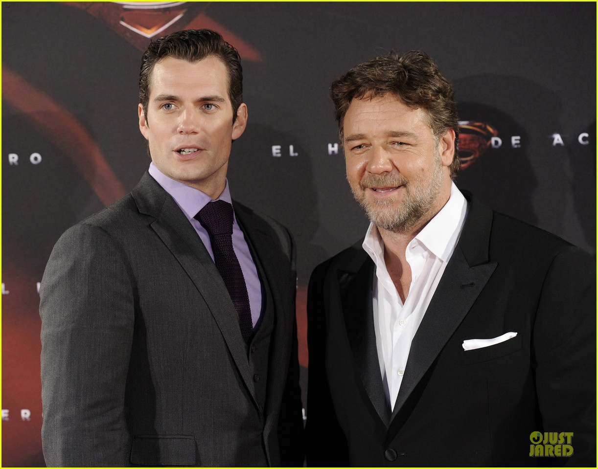 henry cavill russell crowe man of steel madrid premiere 202893073