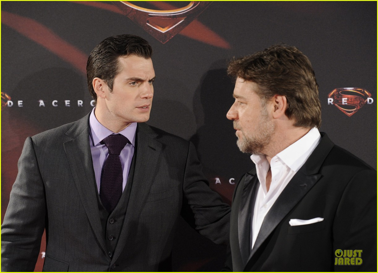 henry cavill russell crowe man of steel madrid premiere 212893074