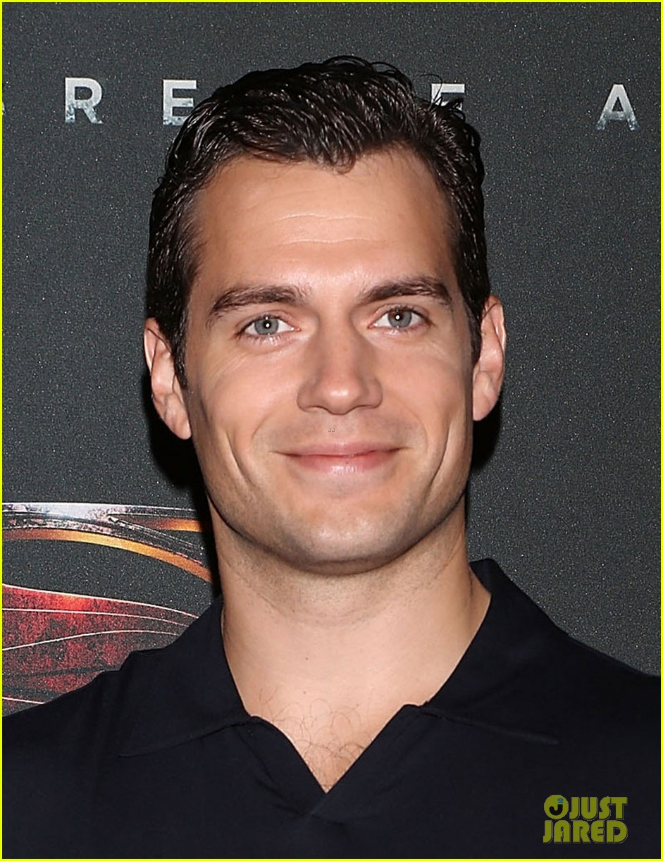 henry cavill man of steel mexico city photo call 02