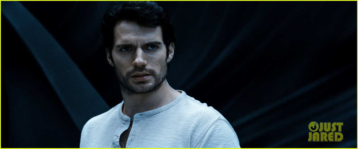 henry cavill man of steel in theaters now 552891159