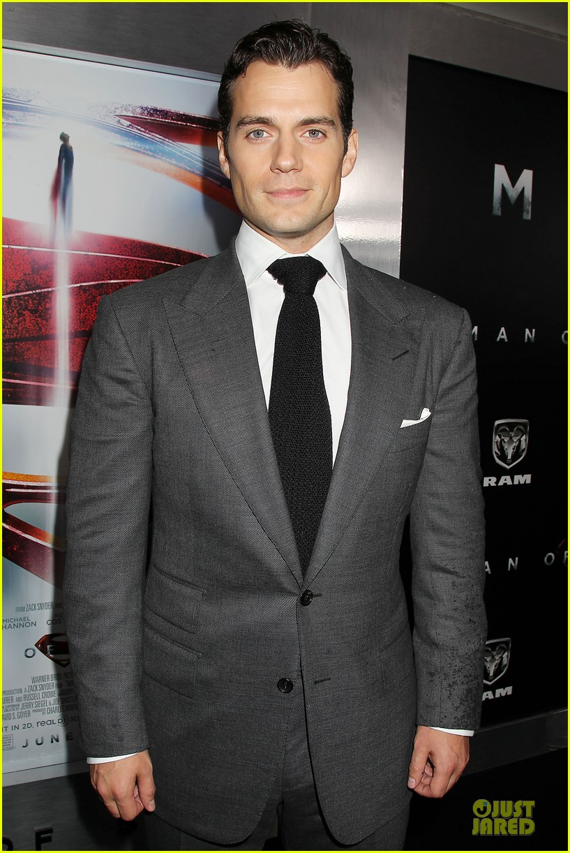 henry cavill amy adams man of steel nyc premiere 082889579