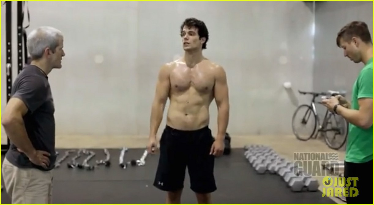 henry cavill shirtless man of steel workout video 052892917
