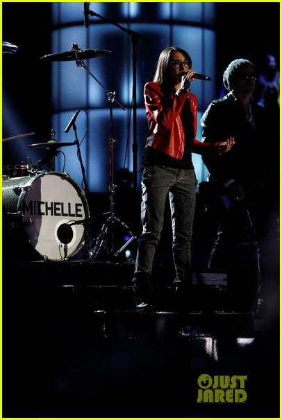michelle chamuel the voice finale performances video 062893342