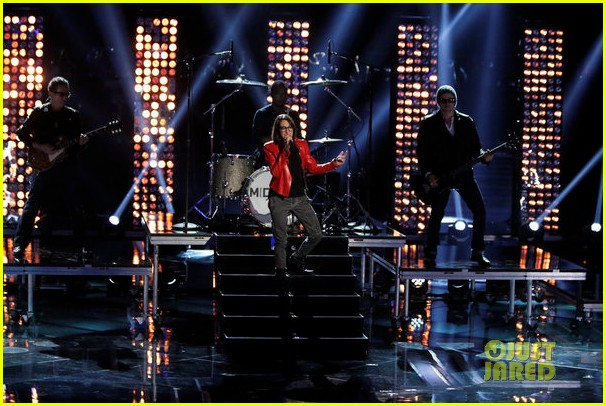 michelle chamuel the voice finale performances video 132893349