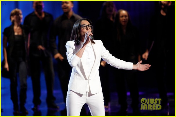 michelle chamuel the voice finale performances video 172893353