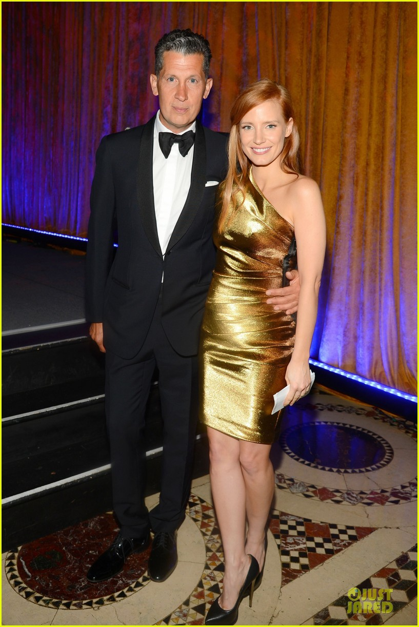 jessica chastain fashion institute of technology gala 01