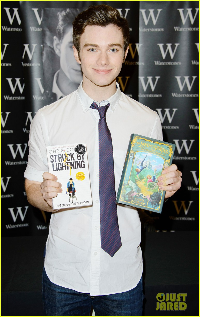 chris colfer struck by lightning uk signing 01