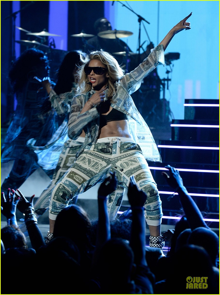 ciara nicki minaj bet awards 2013 performance video 012901734