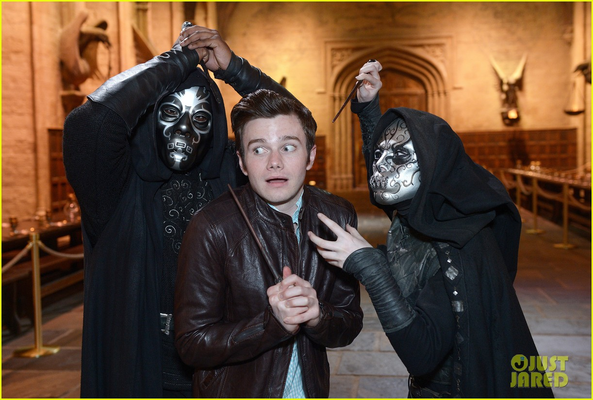 chris colfer harry potter studio tour in london 042895091