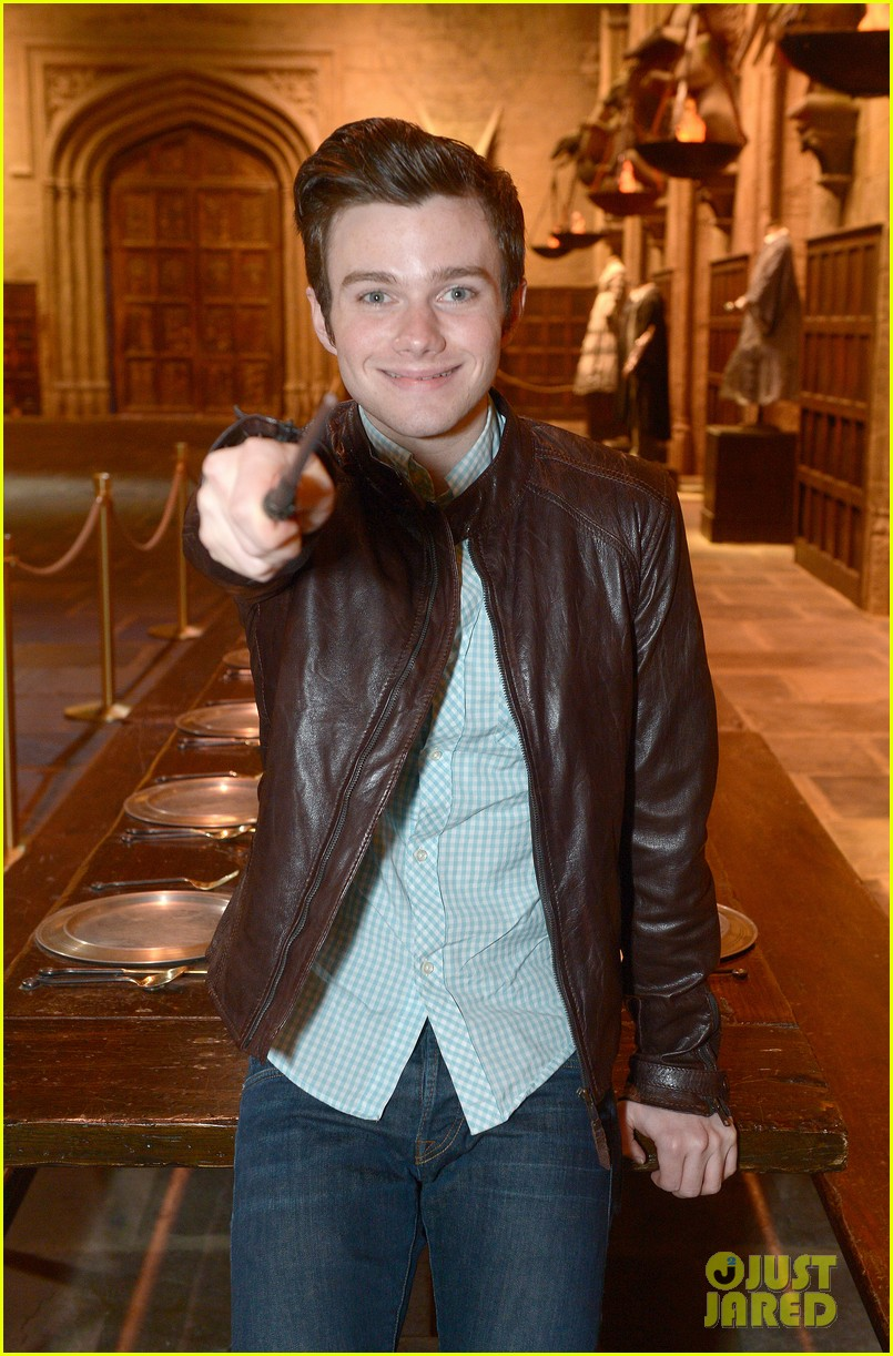chris colfer harry potter studio tour in london 082895095