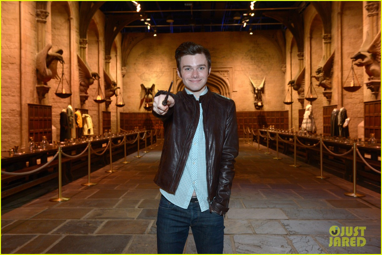 chris colfer harry potter studio tour in london 11