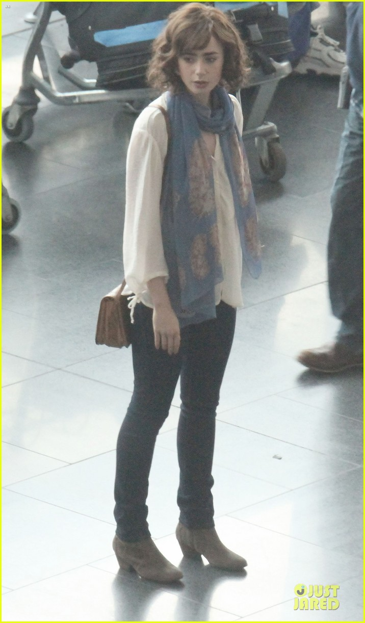 lily collins love rosie airport scene with jaime winstone 01