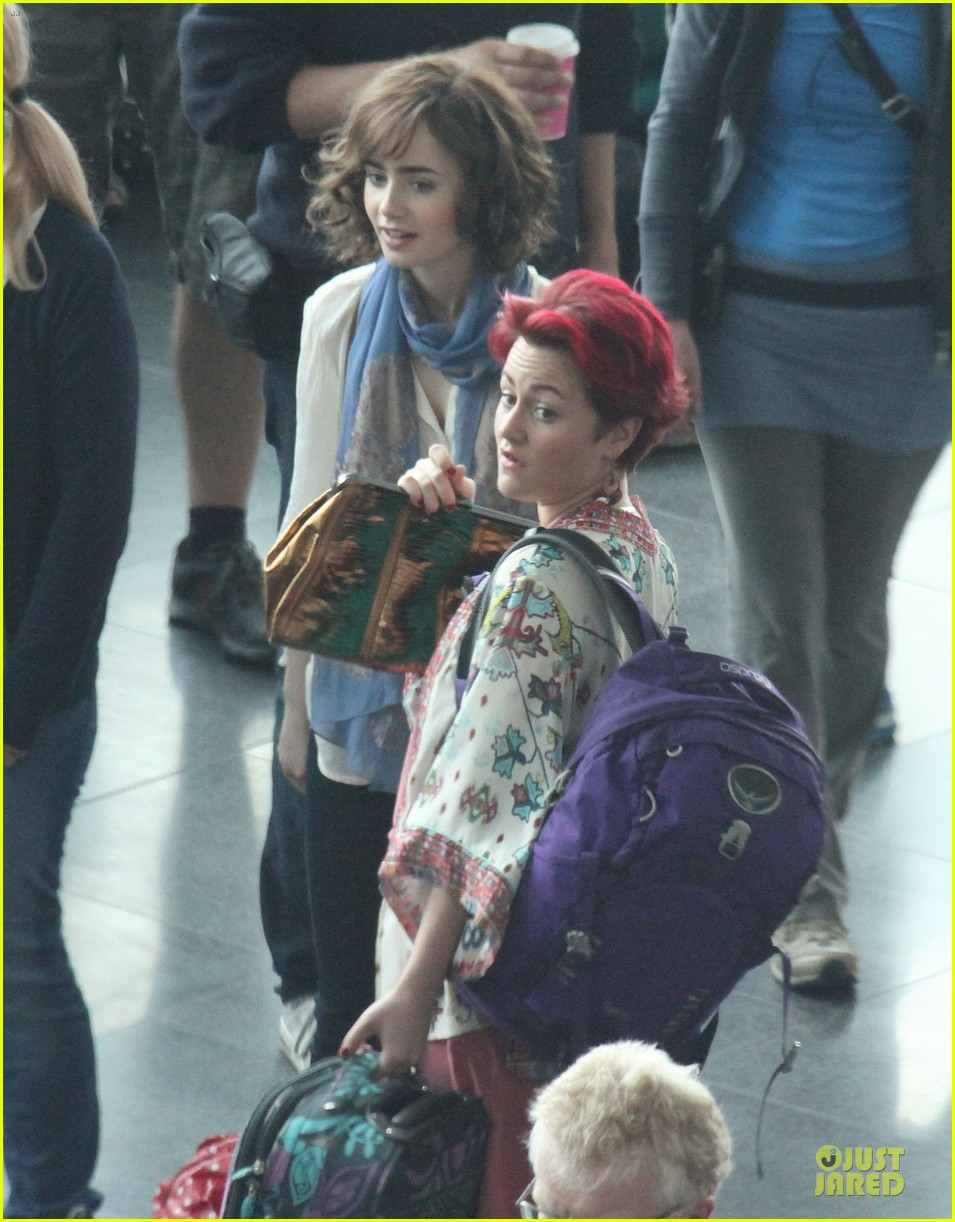 lily collins love rosie airport scene with jaime winstone 022899017