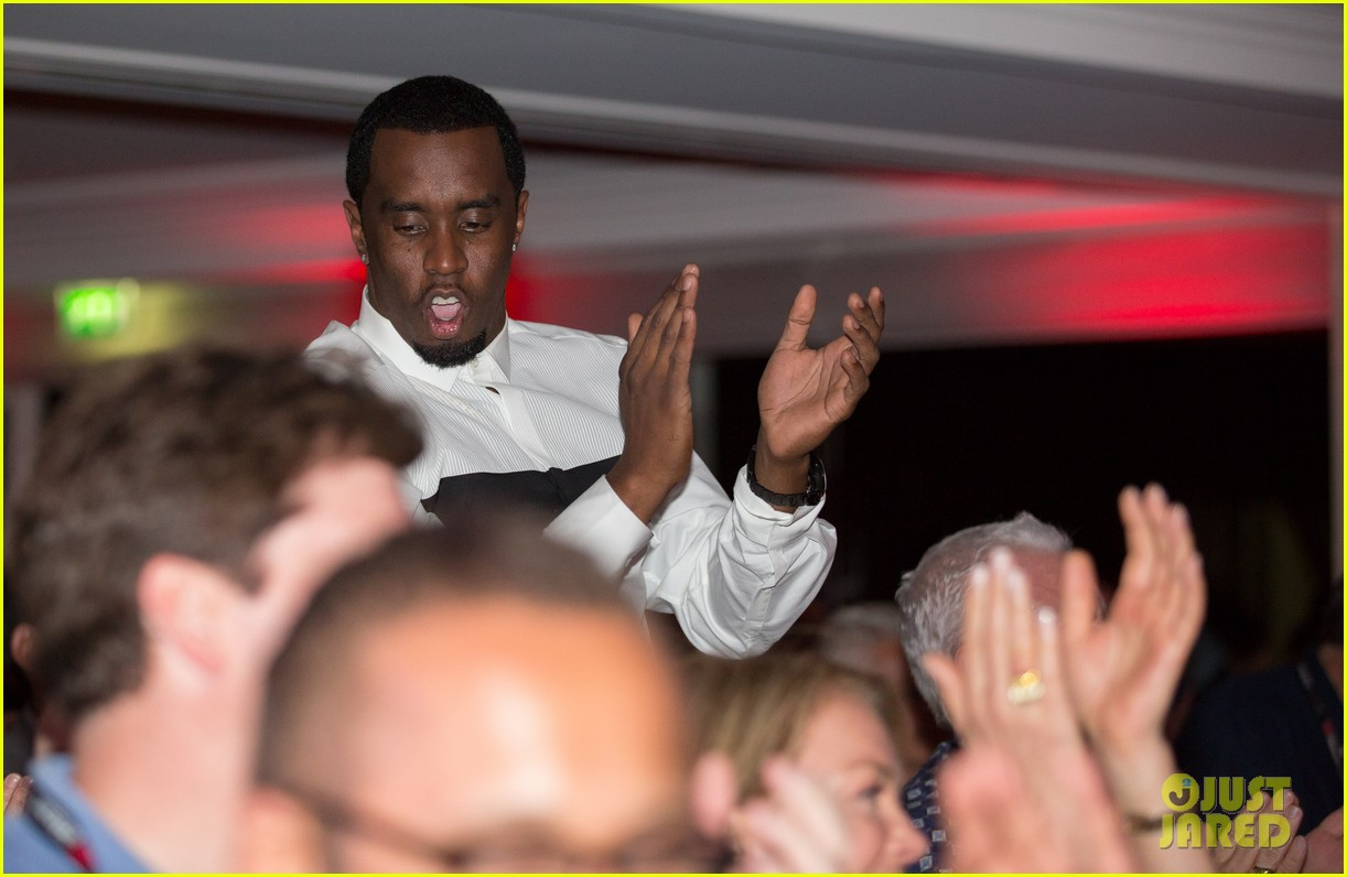 sean combs revolt tv finalizes national deal with time warner 01