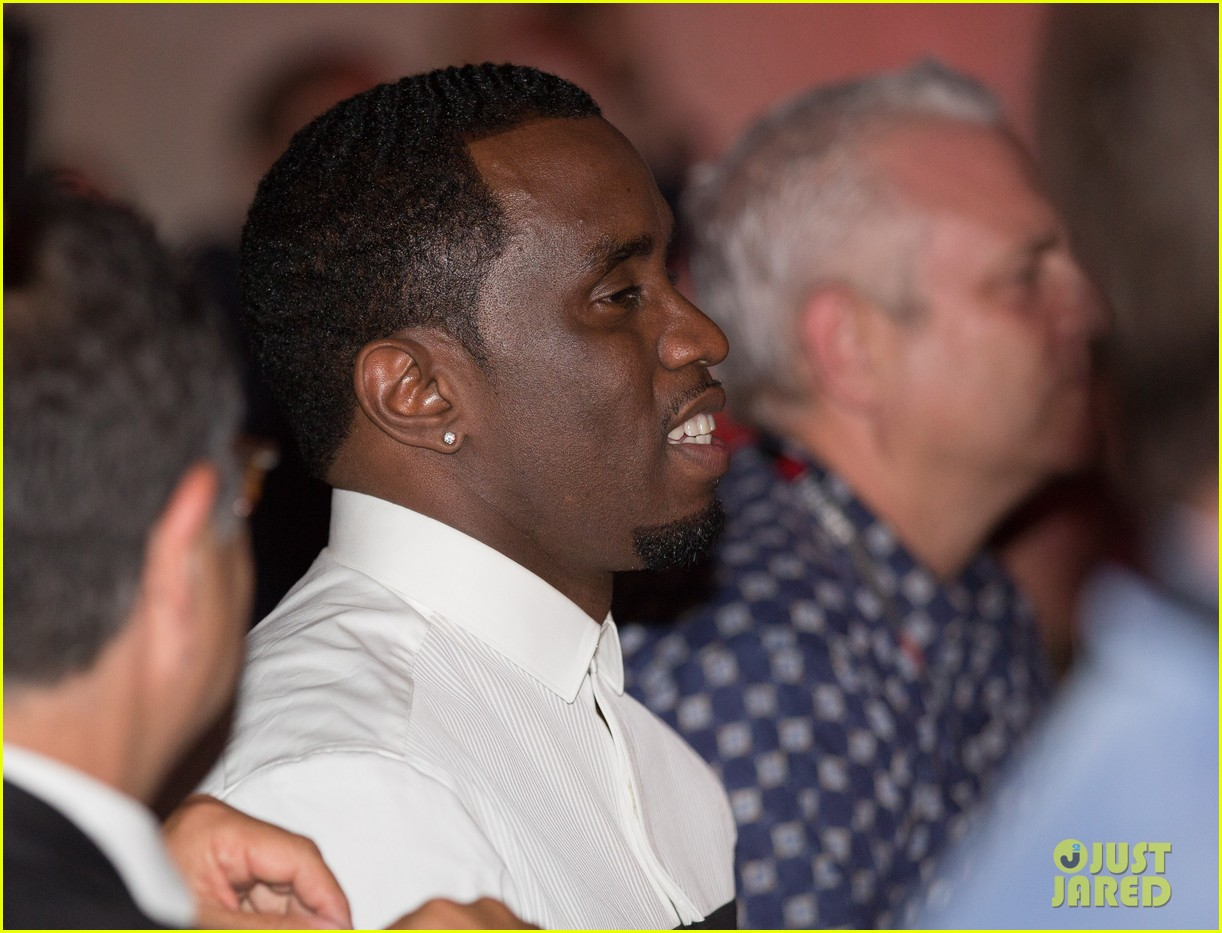 sean combs revolt tv finalizes national deal with time warner 022895049