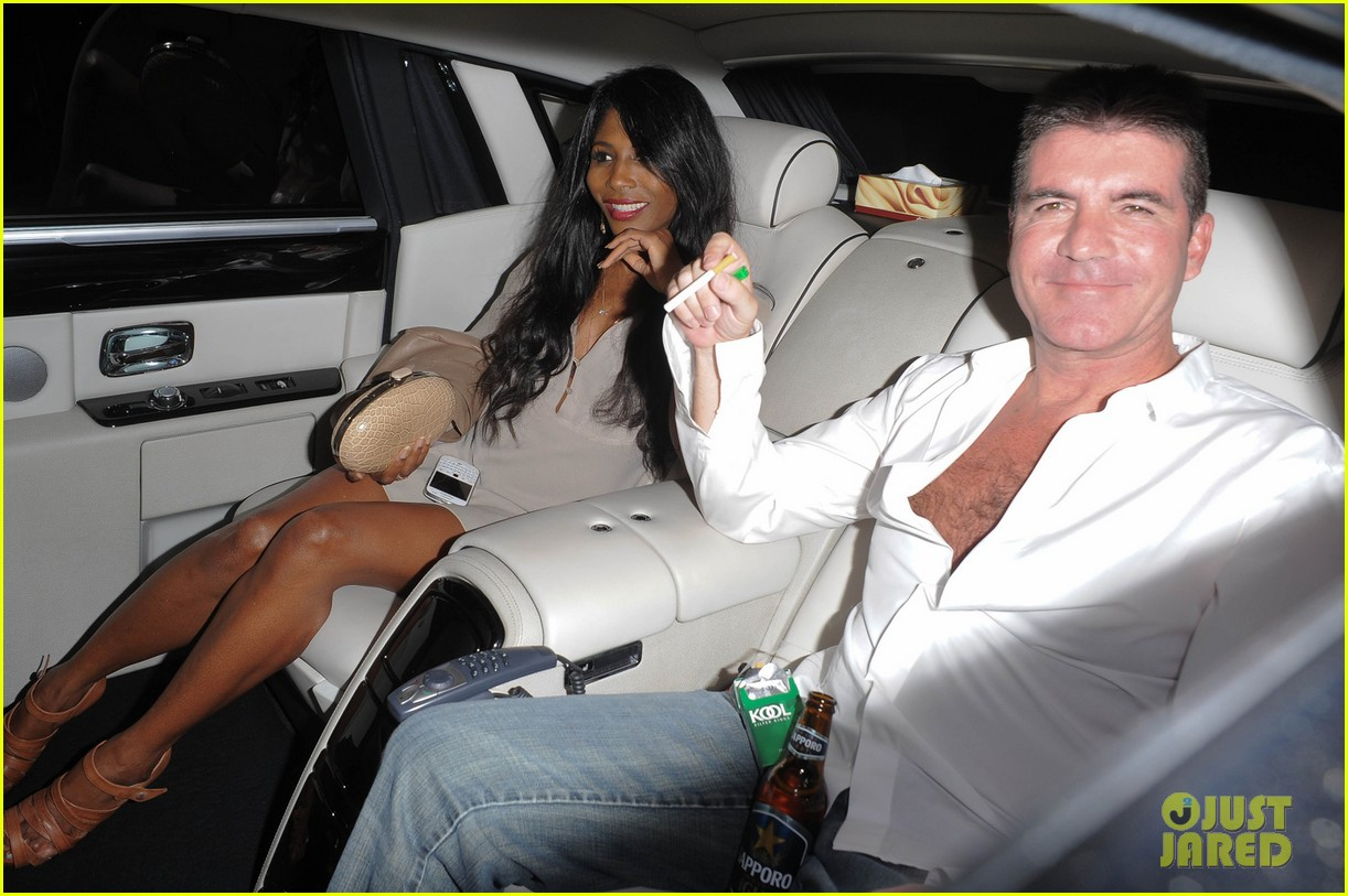 simon cowell egged during americas got talent finale 01