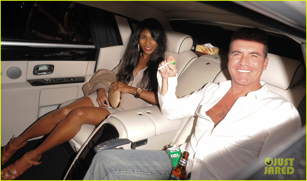 simon cowell egged during americas got talent finale 052887255